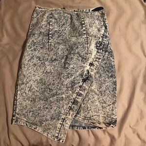 Dresses & Skirts - Acid wash denim mini skirt